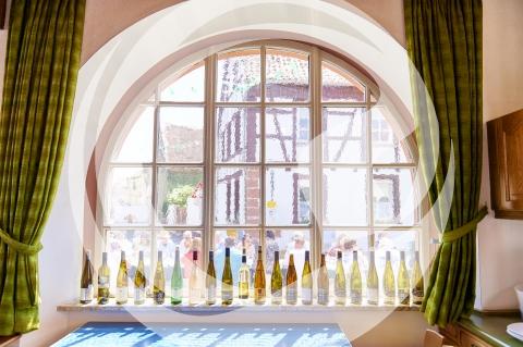 Flaschen der Rheinhessentafel Winzer