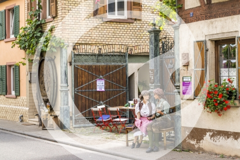 Eingang Schinderhannes Weinstall Weingut Frey in Guntersblum