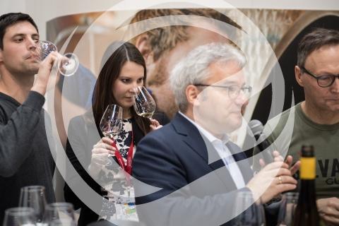 Christina Schneider, Deutsche Weinprinzessin 2016/2017