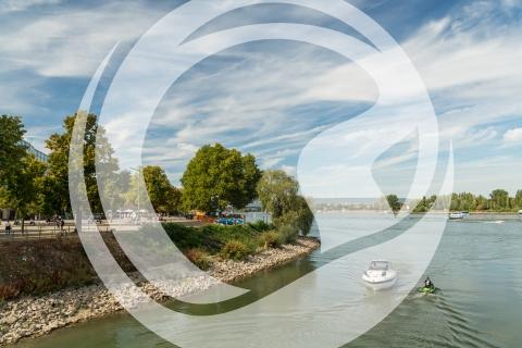 Rhein bei Mainz