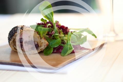 Blutwurstpastete zu Feldsalat mit rheinhessischer Vinaigrette