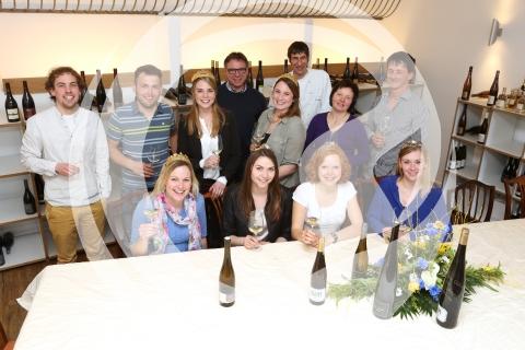 Besuch der deutschen Weinmajestäten - Gruppenfoto