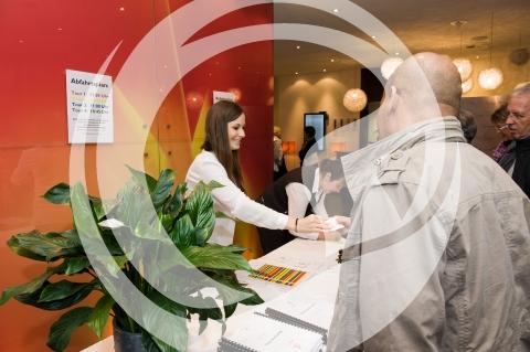 Anmeldung der Gäste im Hotel Atrium