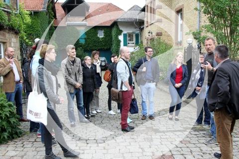 Markus Hass begrüßt die Sommelier-Gruppe