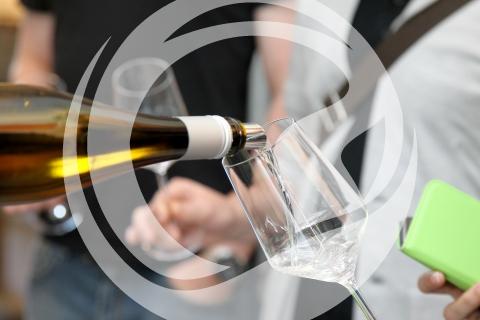 Weinausschenken