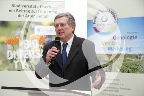 Dr. Uwe Hofmann