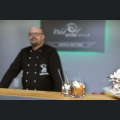 Quitten-Birnenragout mit Haselnusscrunch