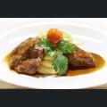 Landschweinbäckchen mit Kartoffelstampf und Spitzkohl