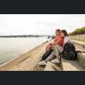 Besucher an der Rheinpromenade
