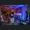 Gäste tanzen auf der Tanzfläche bei Silvaner Live
