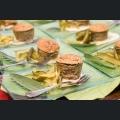 Rheinhessisches Leberwurst-Soufflé mit Riesling-Senf-Sauce und gedünstete Essig-Gurken