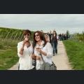 Weinwanderer unterwegs zur nächsten Station